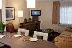 Отель Candlewood Suites Charlotte-University