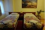 Отель Hotel Garuda