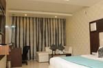 Отель Hotel Diamond Plaza
