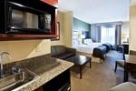 Отель Holiday Inn Express Hotel & Suites Phoenix-Glendale