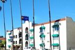 Отель Comfort Inn Near Santa Monica Pier