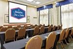 Отель Hampton Inn & Suites Orlando Airport at Gateway Village
