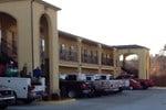 Отель Muskogee Inn and Suites