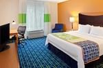 Отель Fairfield Inn & Suites Lewisburg