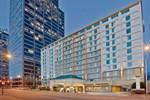 Отель La Quinta Inn & Suites Downtown Conference Center