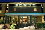 Отель South Court Hotel