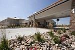 Отель Best Western Plus Mid NE Inn & Suites