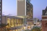 Отель DoubleTree by Hilton Hotel Cedar Rapids Convention Complex