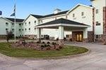 Отель Days Inn and Suites Columbus East