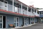 Отель Avenue Heights Motel