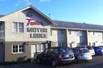 Отель Tudor Motor Lodge