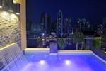 Отель Hilton Garden Inn Panama City Downtown