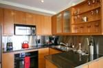 Апартаменты Yonge Suites Furnished Apartments