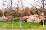 Отель Bungalow Camping Los Manzanos