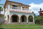 Апартаменты Holiday home Urb Mar Roig L'Ampolla