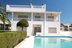 Villa Cartes