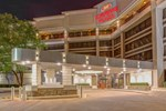 Отель Crowne Plaza Hotel Executive Center Baton Rouge