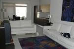Апартаменты 3 Bedroom Luxury Apartment
