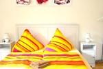 3-Bedroom Apartment Brandenburg Gate