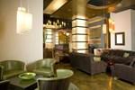 Hotel Sierra Richmond West