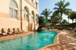 Отель Hilton Naples