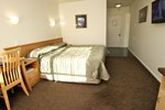 Отель Trailways Hotel Nelson