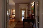 Guercino Halldis Apartment