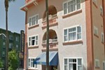 Harborview Inn & Suites