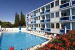 Отель Hotel Plavi