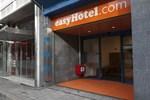 Отель easyHotel Rotterdam City Centre