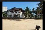 Гостевой дом Rainbow Surf Beach