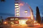 Отель Sentinus