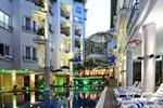 Отель Holiday Villa Nataya