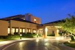 Отель Courtyard Columbus Worthington