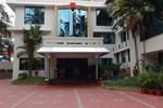 Отель Hotel Sabari Park
