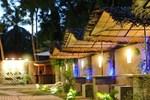 Отель Hotel Tinaya