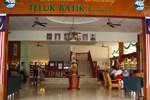 Отель Teluk Batik Resort