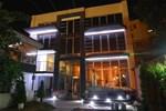 Отель Lira Inn