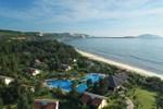 Отель Pandanus Resort