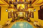 Отель Nhi Nhi Hotel