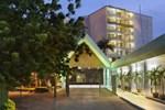Отель Holiday Inn & Suites Port Moresby
