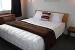 Отель Coachman's Lodge Motel