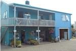 Хостел On the Beach Backpackers Lodge