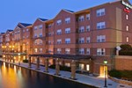 Отель Residence Inn Indianapolis Downtown on the Canal