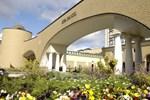 Отель Royal Oak Hotel Spa & Gardens