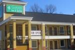 Отель Garden Inn and Suites