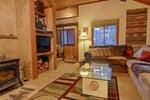 Апартаменты Squaw Valley Condo Vacation Rental by Tahoe Vacation Rentals
