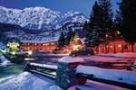 Отель Box Canyon Lodge and Hot Springs