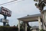 Camelot Inn & Suites Highway 290/Northwest Freeway