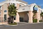 Отель Days Inn & Suites Tucson Marana